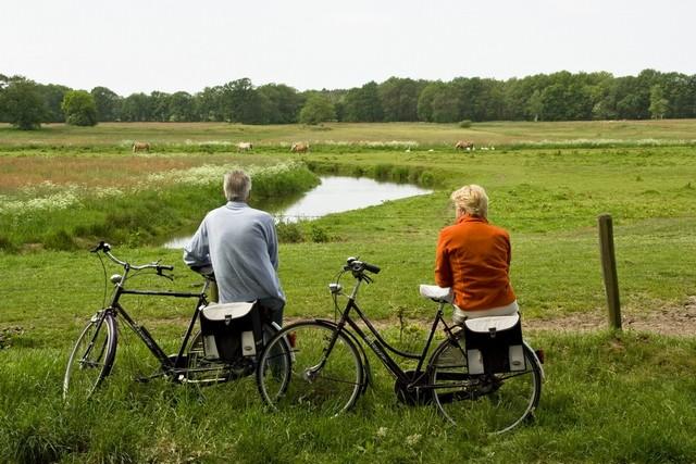 Bron: http://www.vries.nu/voorpagina/rondje-drentsche-aa-nieuwe-digitale-fietsroute-3/